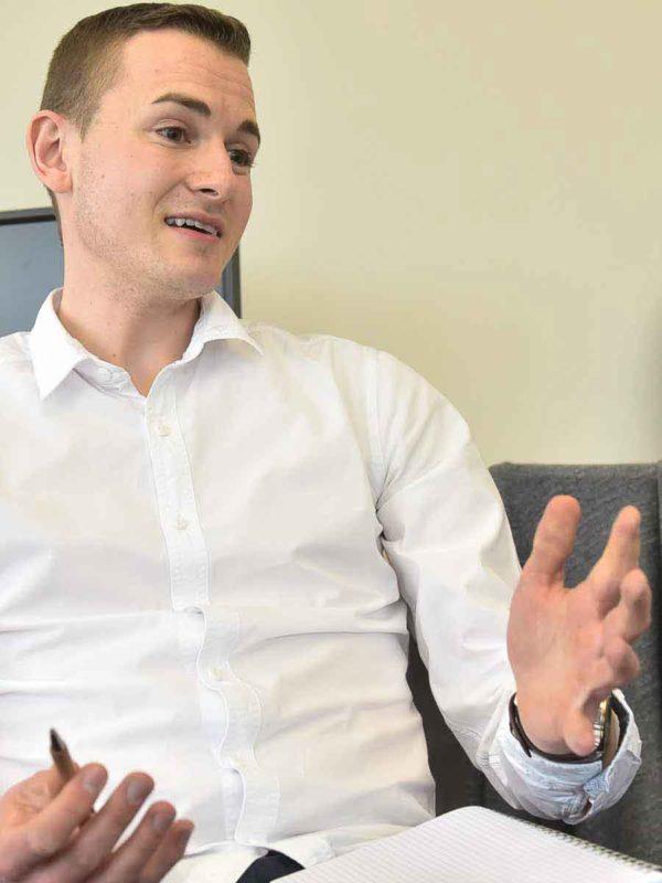 Frederik Schafmeister in Diskussion
