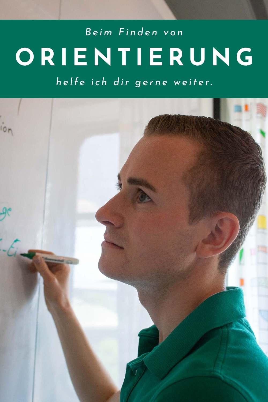 Frederik Schafmeister an Whiteboard