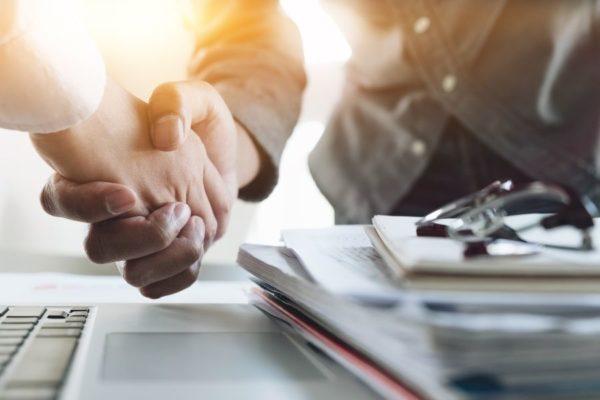 Kundenakquise per Handschlag